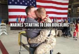 Marines kissing
